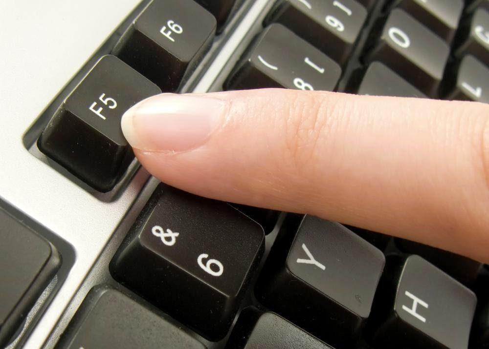 Клавиша F5 - клавиша для перезагрузки